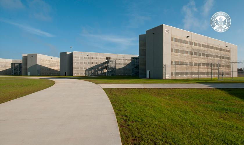 Aliceville Federal Correctional Institution And Satellite